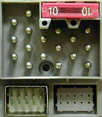 1-й вариант разъема питания магнитолы (радиоблока)
