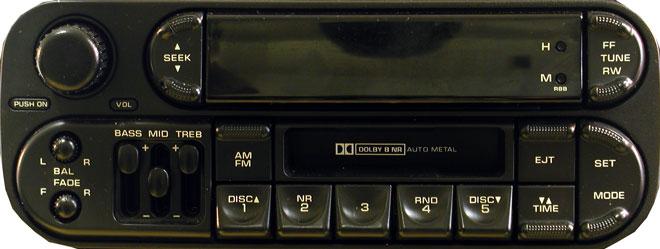 Штатная магнитола P05091610A фото
