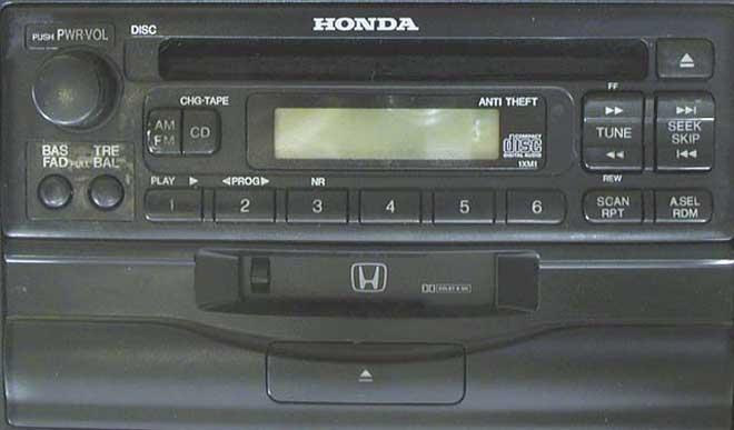Штатная магнитола мп3  для Honda 1XM1