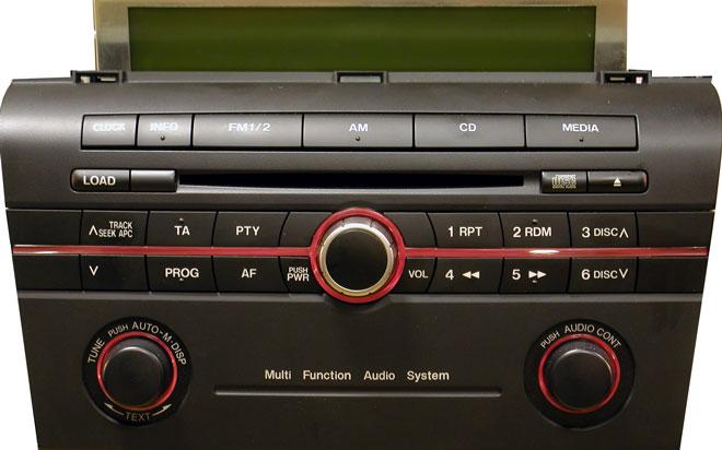 Штатная магнитола для Mazda 14794008 фото