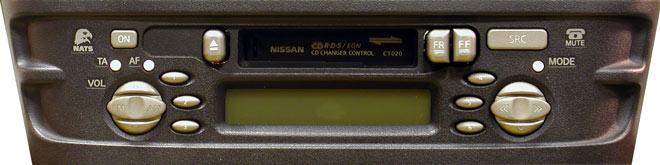 Штатная магнитола для Infiniti CT020 (PN-1726M, Clarion) фото