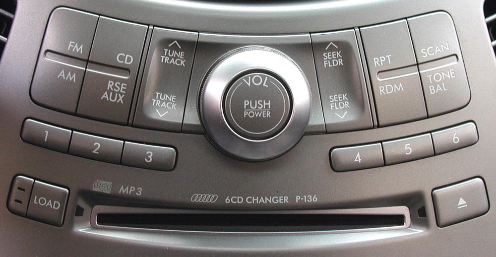Штатная магнитола для Subaru P-136 6-disc MP3, Panasonic Tribeca фото
